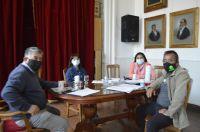 Gremios y autoridades del Ejecutivo continúan trabajando en el CCT para los municipales